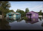 flooded homes on the Mississippi